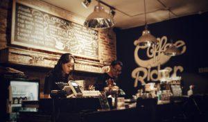 restaurant bar KI4IDLRWIJ 300x176 - 予約方法について